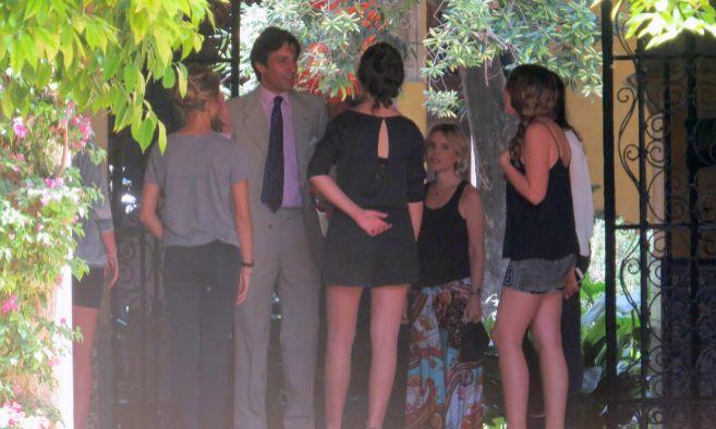 Algunos de los invitados a la fiesta de Dueñas, entre los que se...