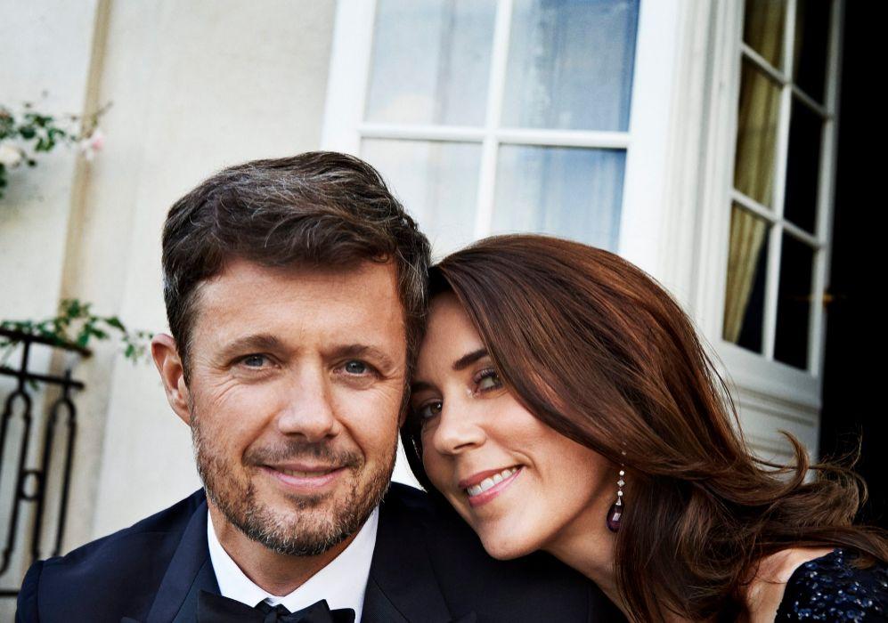 Ésta es una de las cuatro fotos oficiales que la Casa Real danesa ha...