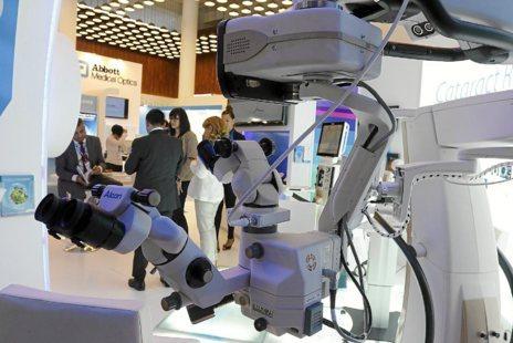 Uno de los stands del congreso de oftalmología.