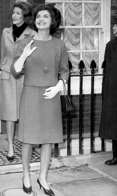 <strong>1. El traje Jackie.</strong> Aunque sólo fue primera dama...