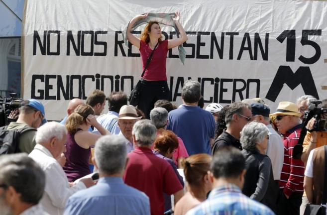 Concentración en la Puerta del Sol en el tercer aniversario del 15-M.