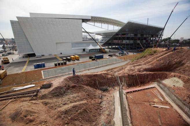 Estado de las obras en el estadio Arena Corinthians, a 28 días del...