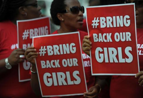 Manifestación para liberar a las 200 niñas secuestradas.