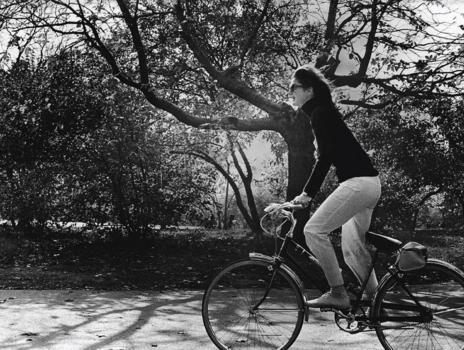 Jackie, en Central Park, (imagen cedida por Chronicle Books).