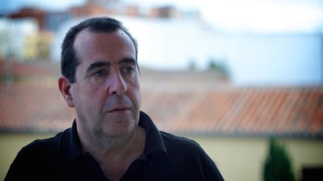 El escritor Carlos de Tomás.