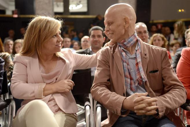 Elena Valenciano, con Pedro Zerolo, en el acto electoral celebrado...