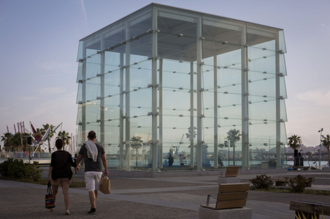 Vista del edificio de El Cubo que albergará el Pompidou. CARLOS DÍAZ