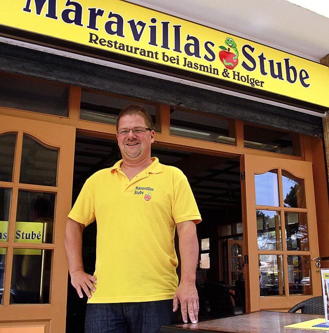 Holger Apfel, a las puertas de su restaurante en Palma de Mallorca.