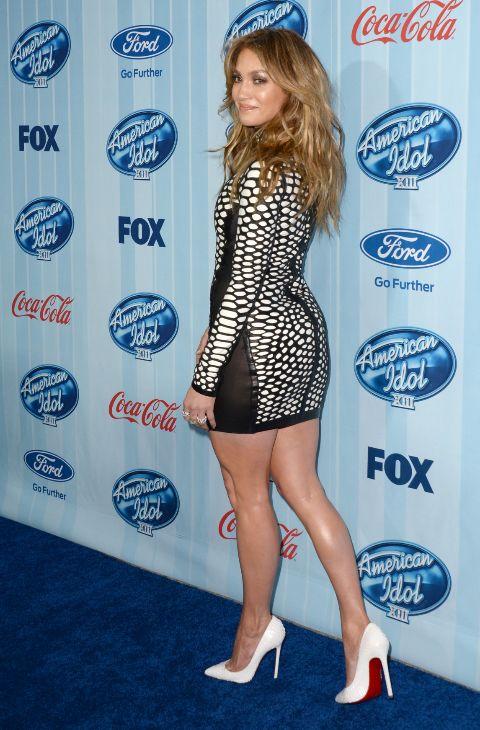 6. Este mini de Tom Ford refleja bien sus preferencias: falda muy...
