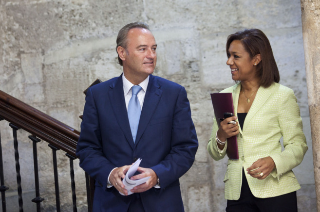 Alberto Fabra, junto a Lola Johnson, secretaria autonómica de...