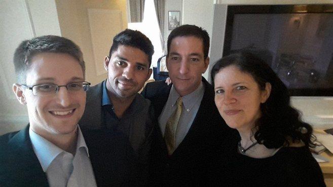Snowden, David Miranda, asesor y marido de Glenn Greenwald (a su lado)...