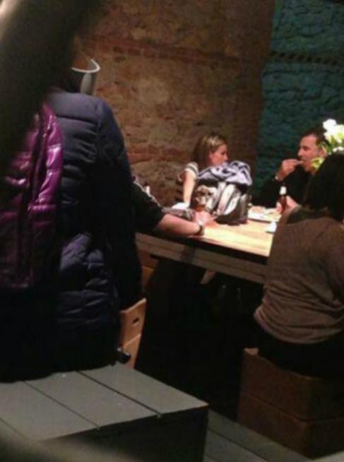 Felipe y Letizia, en su cena de aniversario.