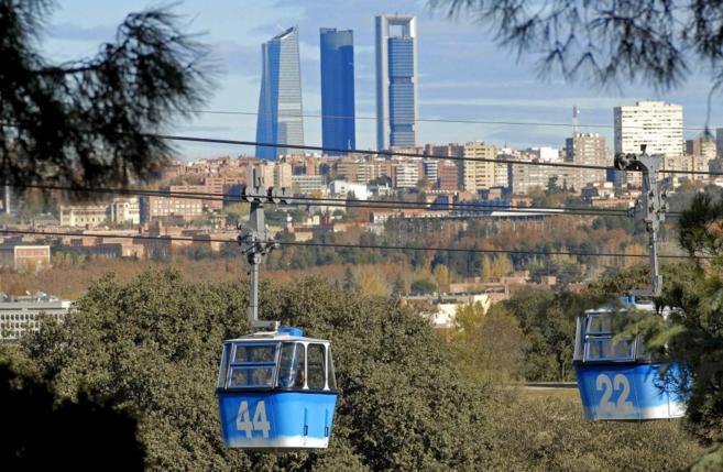 Cabinas del Teleférico de la Casa de Campo de Madrid.