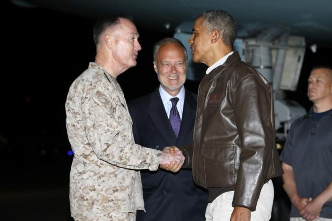 El general Dunford y el embajador estadounidense reciben al presidente...