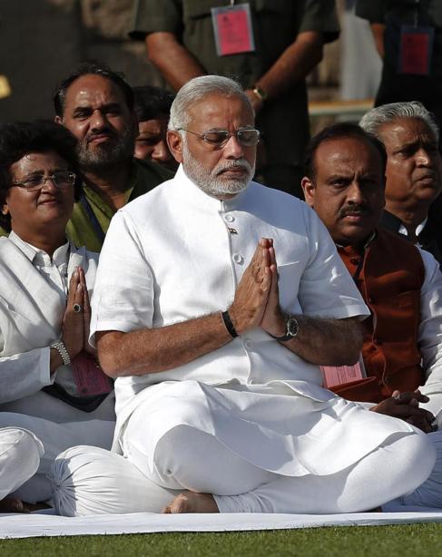 El primer ministro Modi, en el Memorial de Mahatma Gandhi en Nueva...
