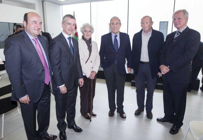 Urkullu, Aguirre, Garaikoetxea, Ibarretxe , Ortuzar y Atutxa.