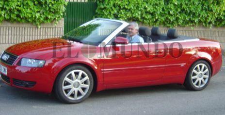 Pablo Crespo, al volante de un Audi.