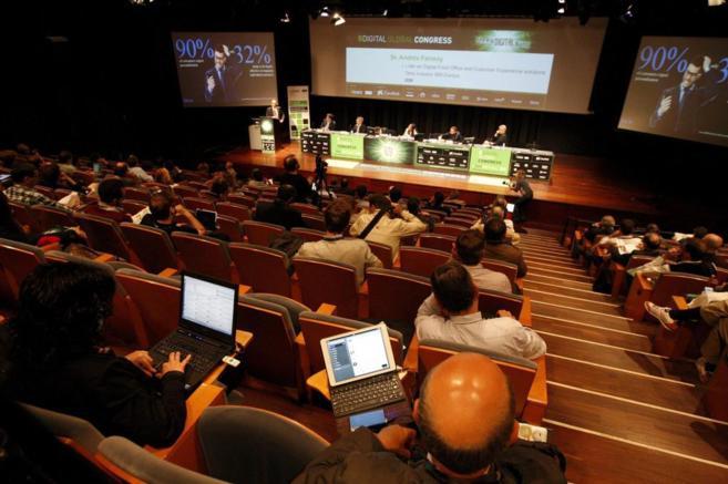 Un momento de una de las conferencias del BDigital Global Congress...