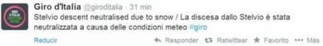 El tuit oficial del Giro donde se anunciaba la neutralización del...