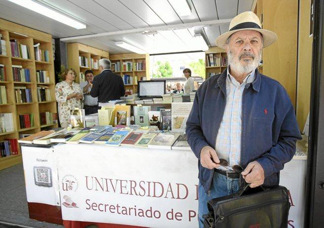 Pedro M. Piñero en la presentación del 'Romancero de la...
