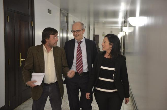 Julián Sánchez Alegría, con los representantes del PNV.