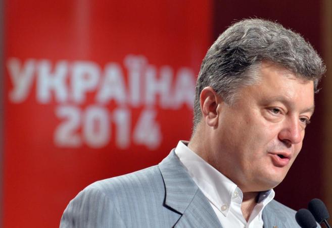El presidente electo ucraniano, Petro Poroshenko, en una rueda de...