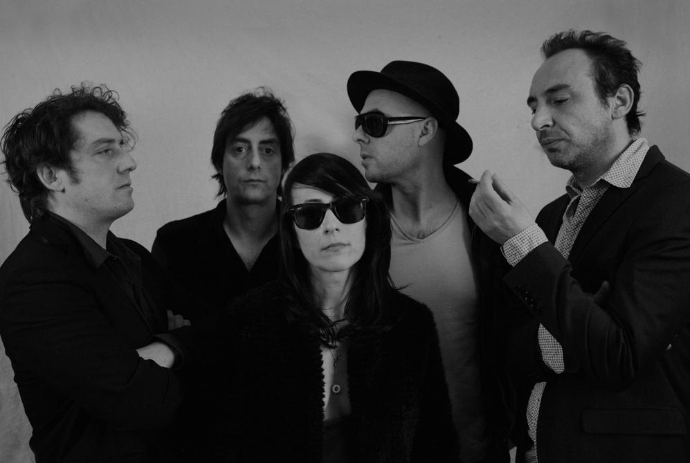 Los integrantes de la banda navarra El Columpio Asesino