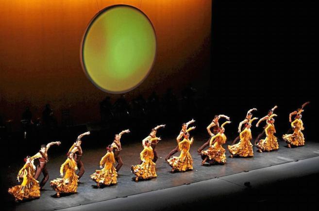 Representación del espectáculo 'Danza y tronío' del...