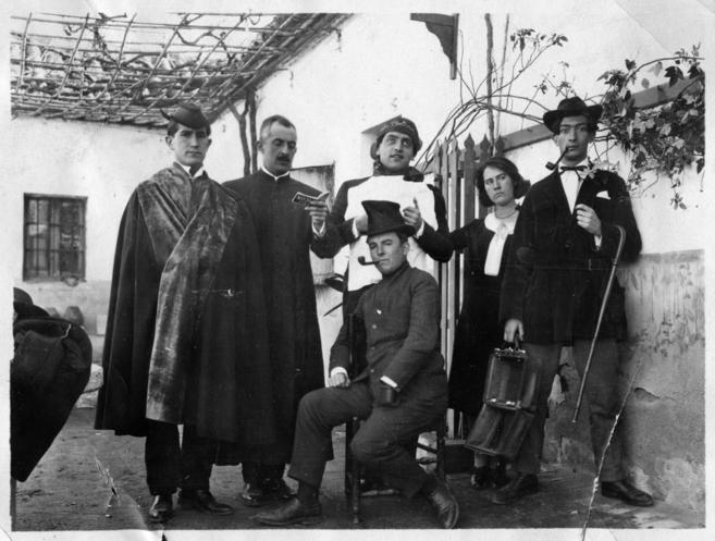 Reunión de la Orden de Toledo en la Venta de Aires. De izquierda a...
