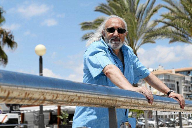 El director Montxo Armendariz participará en el congreso 'Cine...