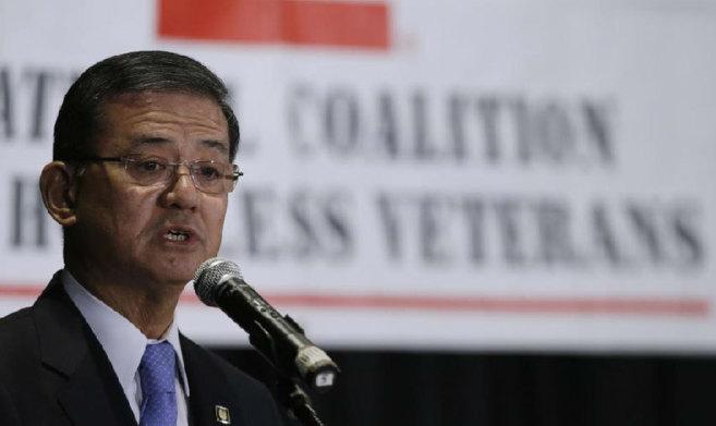 Shinseki, ya ex secretario de veteranos de la administración...