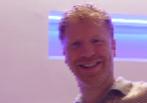 James Lyne tras la entrevista en un hotel de Londres.
