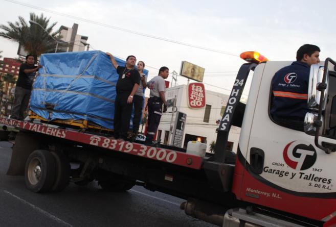 El cadáver de Manuel Uribe, fallecido el pasado lunes, tuvo que ser...