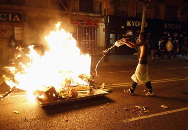 Actos vandálicos en Sants la noche del miércoles