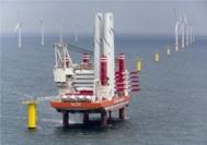 Construcción de un parque eólico en el Mar del Norte.