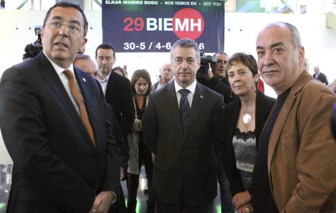 José Luis Bilbao, Iñigo Urkullu, Arantza Tapia y Martin Garitano.