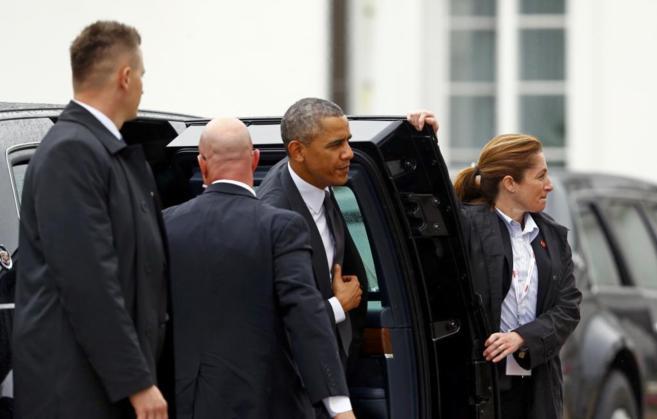 El presidente Obama llega al Palacio Beldewere, en Varsovia.