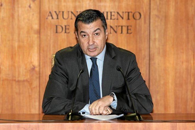 El vicealcalde de Alicante, Andrés Llorens, en una imagen de archivo.