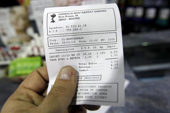 Una factura donde puede verse la tasa que se cobró con cada receta de...