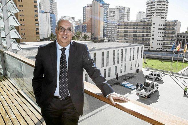 El alcalde de Benidorm, el socialista Agustín Navarro.