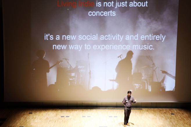 Imagen de la presentación de la empresa Living Indie en el Keiretsu...