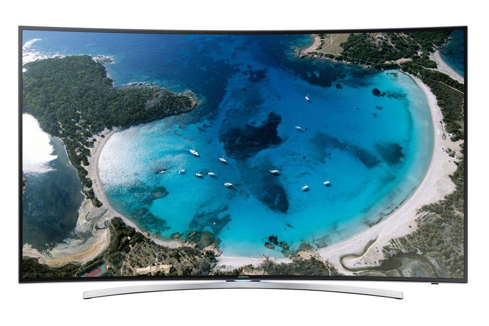<STRONG>SAMSUNG UE48H8000.</STRONG>  La curva en Samsung no es patrimonio exclusivo de los modelos de ultra alta definición (UHD). Su catálogo de televisores para este año 2014 incluye también varios equipos de resolución Full HD con pantallas que ofrecen el mismo grado de curvatura (4.200 R) y, por lo tanto, la misma sensación envolvente. No es la única característica que los hace apetecibles. Este televisor incluye un sistema de retroiluminación capaz de atenuar el brillo en las zonas de la imagen en las que predomine el color negro para conseguir un mayor contraste, similar al que tenían los televisores de plasma. También cuenta con una alta velocidad de refresco que permite ver imágenes de movimiento rápido -por ejemplo un partido de fútbol- sin que se produzcan estelas ni imprecisiones en la imagen. Samsung es también una de las compañías que más oferta tiene de aplicaciones y juegos descargables dentro de su estrategia de televisión inteligente. Precio: 1.599 euros. www.samsung.es