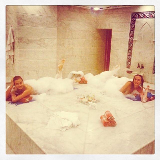La modelo y novia de Cristiano Ronaldo, Irina Shayk, ha querido...