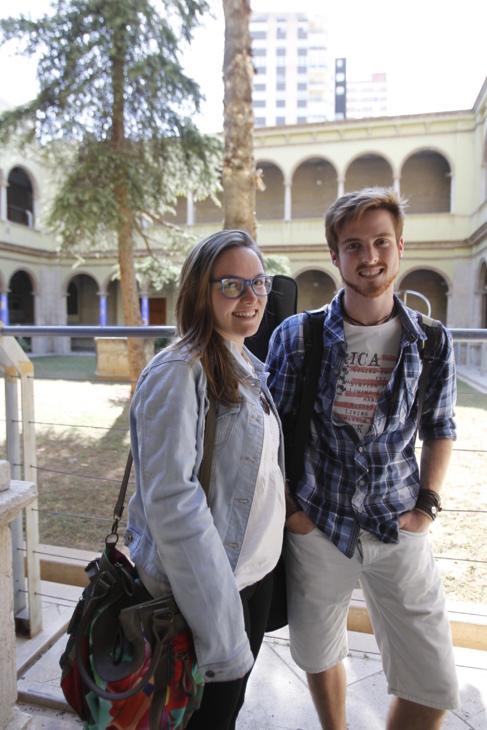 Inés y Jesús, votaron por primera vez el 25 de mayo.