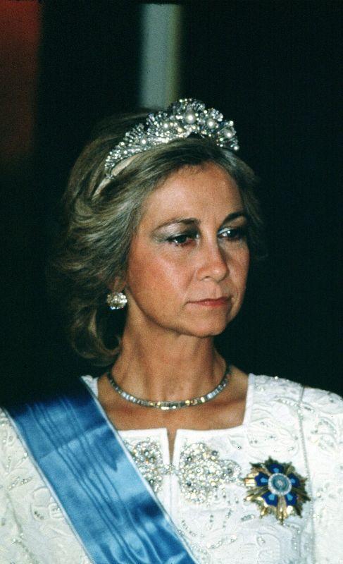 TIARA MELLERIO. Es una de las más delicadas. Se la regaló Isabel II...