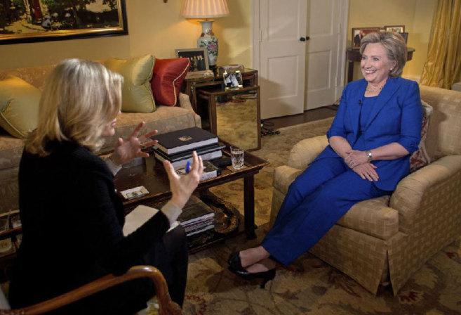 La ex Secretaria de Estado, en la primera entrevista que concede a...
