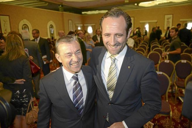 Paulino Rivero y José Ramón Bauzá durante el Foro Preferente...