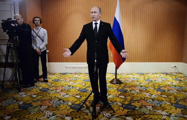 Vladimir Putin habla durante su conferencia de prensa del pasado...