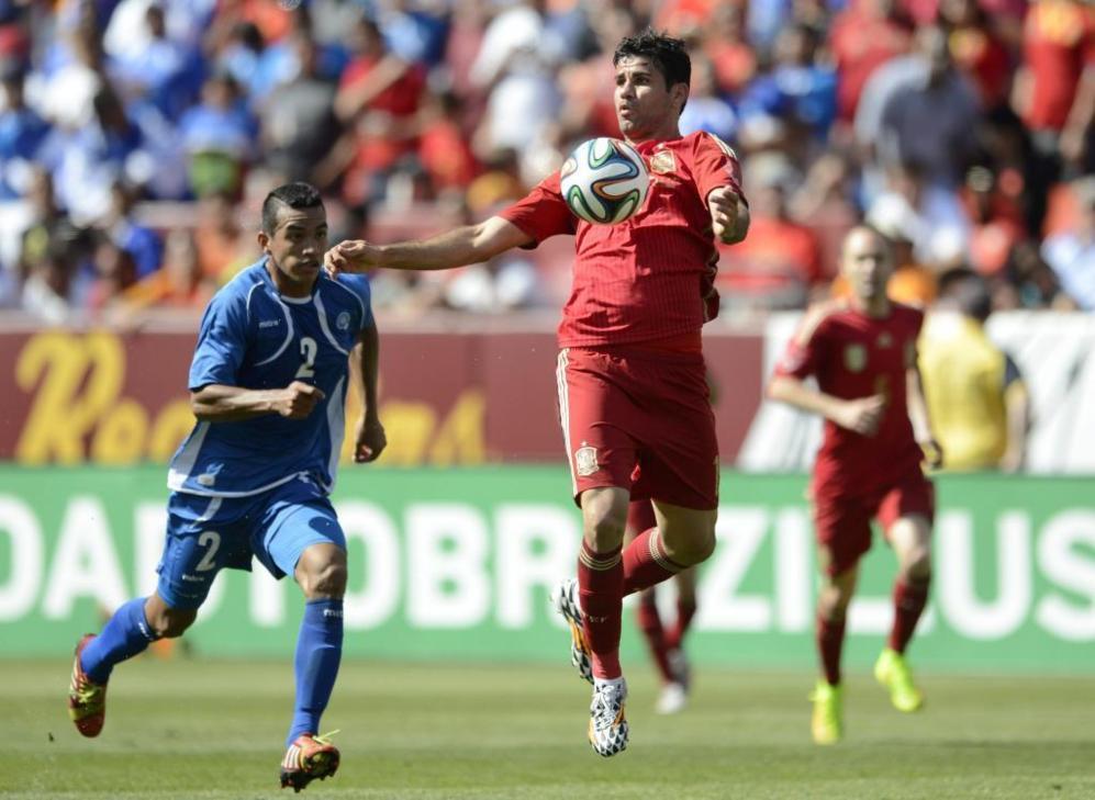 Diego Costa cuajó una buena actuación, provocó un penalti y no dio...