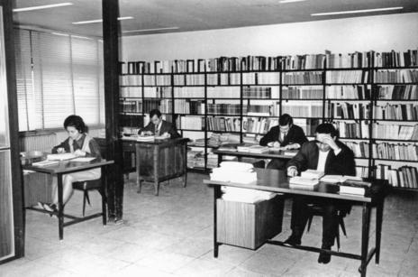 Antigua sala de correctores de la editorial Gredos.